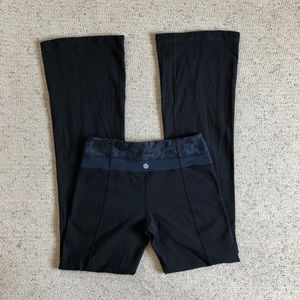Lululemon navy black paisley yoga pants 4 tall